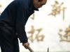 Changle, Shandong, China. Hombre trabajando.
