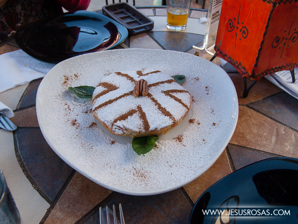 Pastela en un restaurante marroquí en Guadalajara, México.