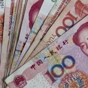 100RMB bills-1