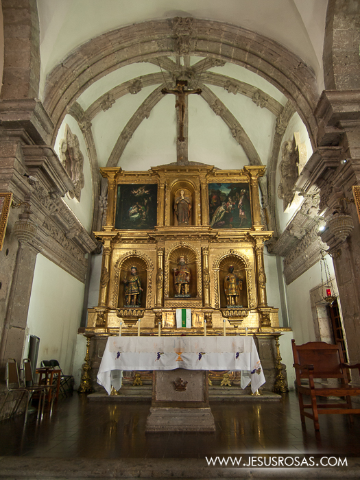 The altarpiece and the figures of the three kings in Cajititlan, Tlajomulco, Jalisco, Mexico.