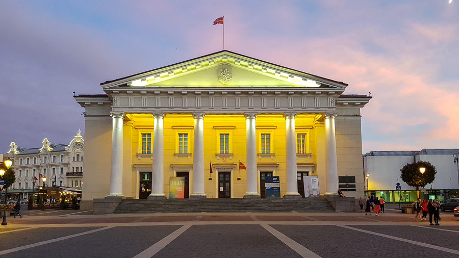 I enjoyed Vilnius, but I wished I could stay longer to explore more. Here is the Town Hall.