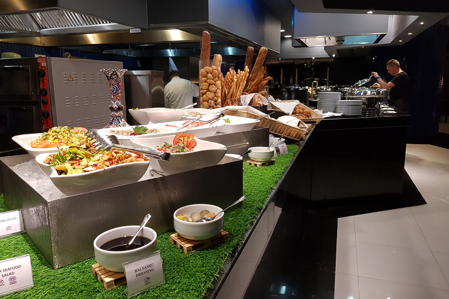 I used the 100 QAR voucher in one of the hotel restaurants. I went for the buffet.